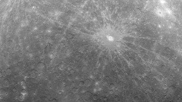 Зонд «Мессенджер» сделал первую в истории фотографию Меркурия с орбиты