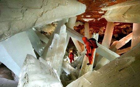 Гигантские кристаллы под землей