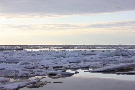 Ледоход на реке Печора 2012