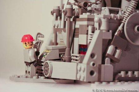 Подставка для iPhone из Lego