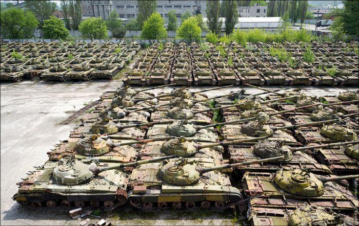 Коллекции бронеавтомобилей собственного производства бронетранспортер бтр-80 бронированный автомобиль газ-2330