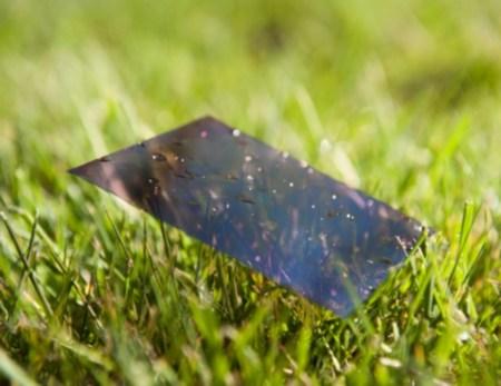 В Японии создана прозрачная бумажная основа для панелей OLED