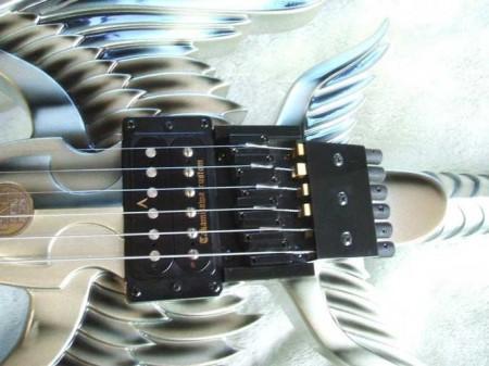 Гитара-меч