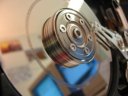 В этом году поставки жестких дисков достигнут рекордного уровня