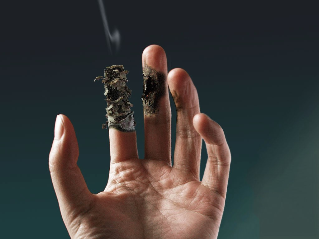 smoking hazards Smoking hazards: 5 reports who is ehealthme: we are a data analysis company who specializes in health care number of reports submitted per year: drugs that could cause smoking hazards.