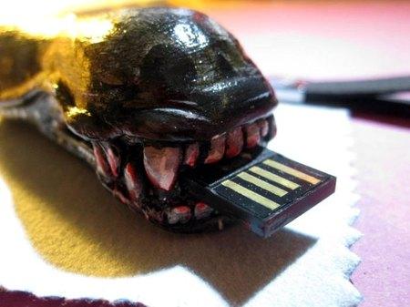 USB Alien Head
