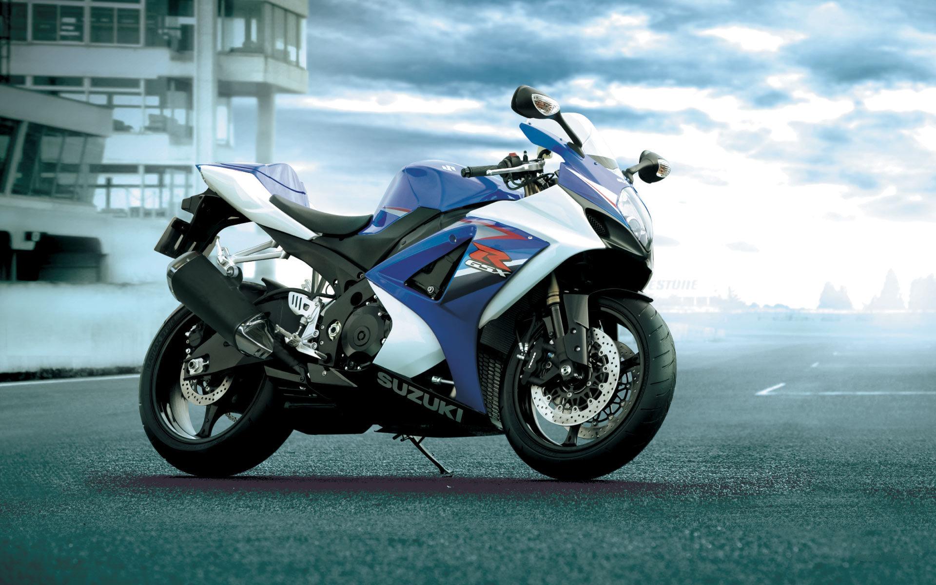 Suzuki moto  № 1582096 бесплатно