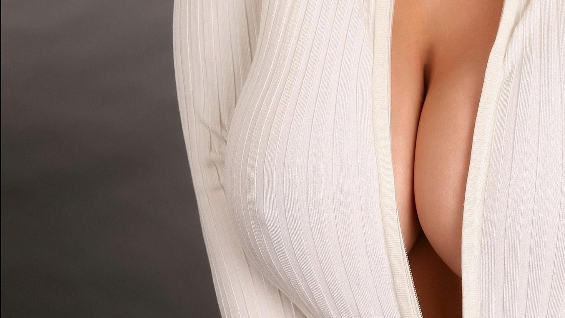 Фото сиски в масле, Секси девушка в масле Голые письки 24 фотография