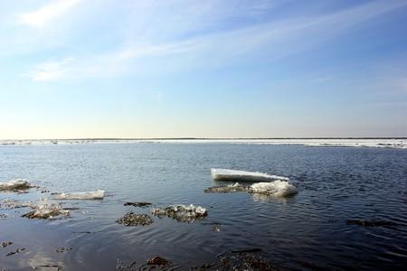 Ледоход на реке Печора 2013