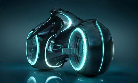 """Австралийцы начали продавать мотоциклы из фильма """"Трон"""""""