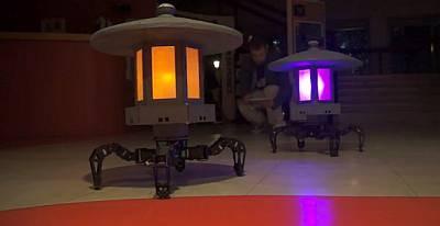 Самоходные светильники-роботы