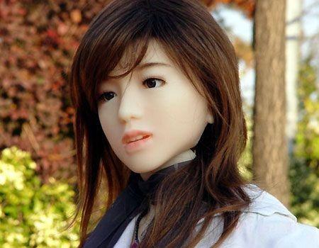 Робот Айко может быть членом семьи