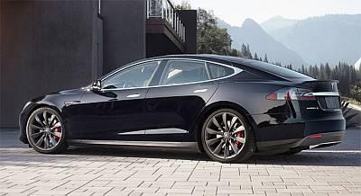 Седан Tesla Models S преодолел на одной подзарядке почти 730 км