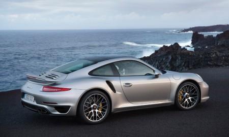 Гибридный спорткар Porsche 911 выйдет в 2018 году
