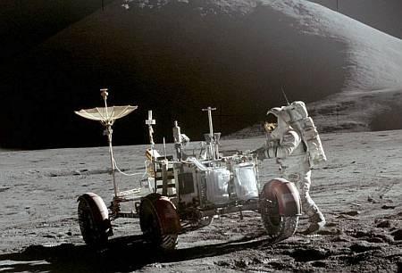 Найдено доказательство пребывания американцев на Луне