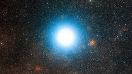 К Альфа Центавра отправят наноспутники на скорости в 20% от скорости света