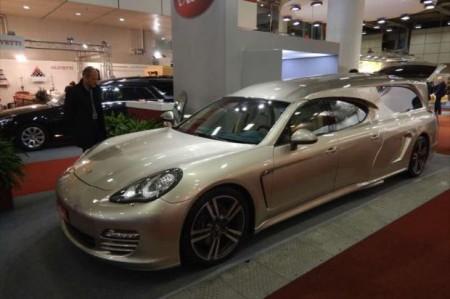 Уйти красиво - катафалк из Porsche Panamera