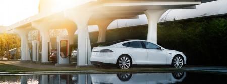 Tesla построит сеть Supercharger в России