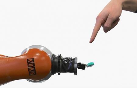 Исследователи хотят заставить роботов чувствовать боль