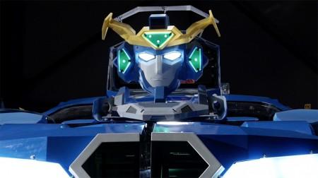 Японские инженеры построили робота-трансформера